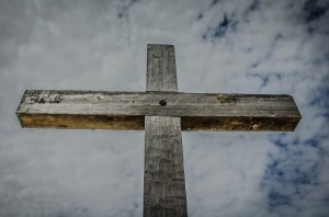 xp3-dot-us_DSC_0413 (the message of the cross is foolishness to those who are perishing)